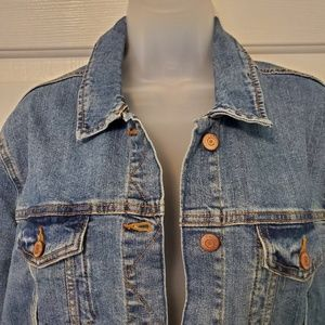 Old Navy Jackets & Coats - New Old Navy jean jacket